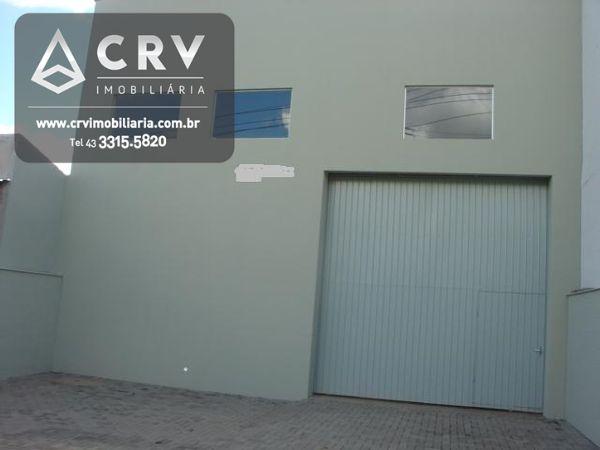 Comercial,207m² - Barracão novo - Pé direito de 7mts, piso reforçado, 2 wcs., cobertura de Zinco, Gar P/ 5 carros.